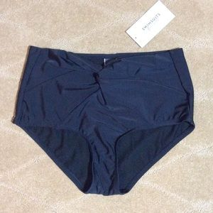 Swimsuits For All NWT Low Waist Twist Front Brief